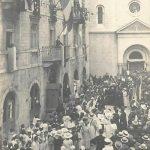 Kotor, ispred crkve Sv. Nikole