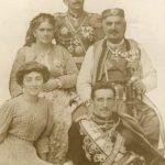 Knjaz Nikola sa porodicom i budućim jugoslovenskim kraljem Aleksandrom I Karađorđevićem